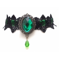 Black velvet green crystal pendant nacklace